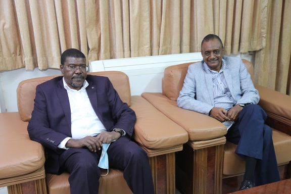 Meeting of the University Chacellor and President of Sudan Liberization Forces Assembly